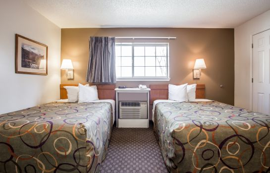 Chambre Home-Towne Suites Concord