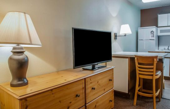 Kamers Suburban Extended Stay