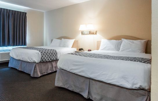 Zimmer Suburban Extended Stay Hilton Head