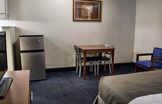 Zimmer Suburban Extended Stay Hotel North West