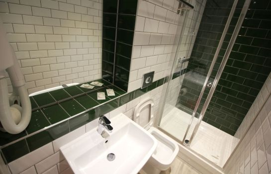 Bagno in camera Best Western London Queens Crystal Palace Euro Hotel