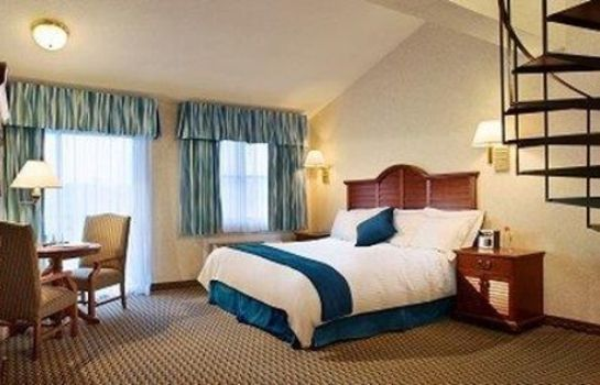 Suite HYANNIS HARBOR HOTEL