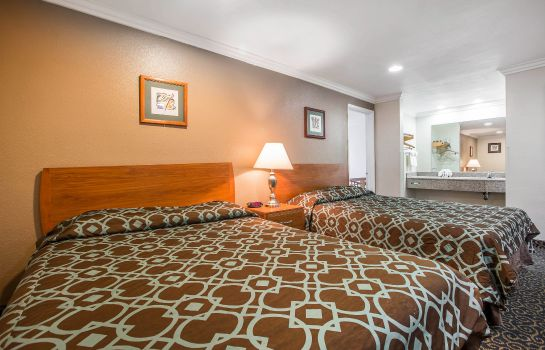 Chambre Rodeway Inn & Suites Near Convention Center