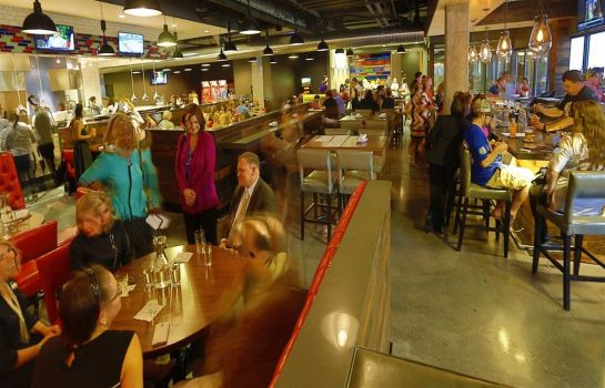 Restaurant DoubleTree by Hilton St Paul Downtown