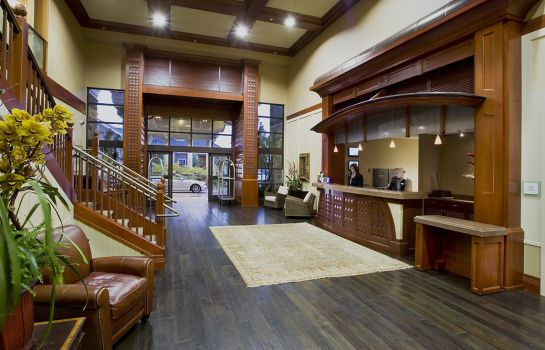 Lobby WEST INN AND SUITES