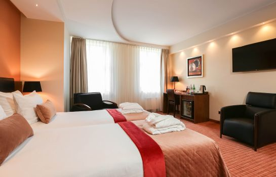 Junior Suite Avalon Hotel & conferences