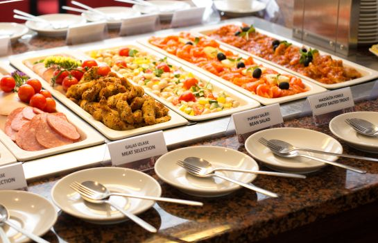 Buffet prima colazione Avalon Hotel & conferences