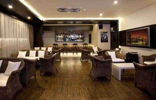 Bar hotelowy Xperia Grand Bali Hotel - All inclusive