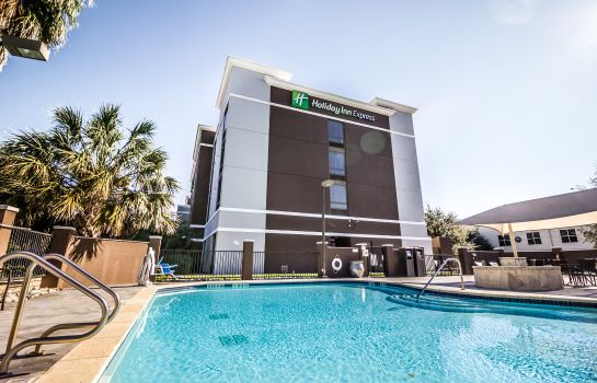 Exterior view Holiday Inn Express & Suites AUSTIN AIRPORT