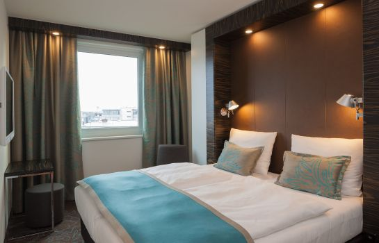 Zimmer Motel One Eastside