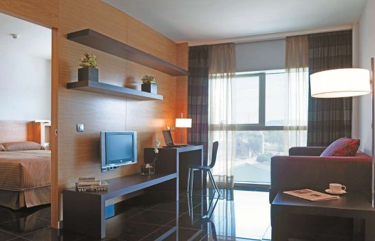 Room Hesperia Fira Suites