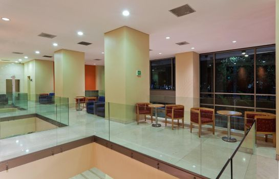 Hotelhalle Holiday Inn Express MEXICO REFORMA