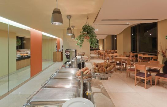 Restaurant Holiday Inn Express MEXICO REFORMA