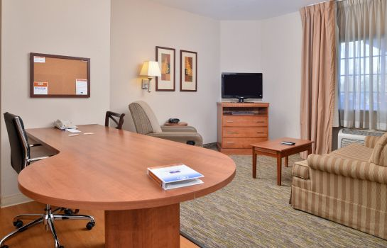 Info Candlewood Suites CHARLESTON - NORTHWOODS