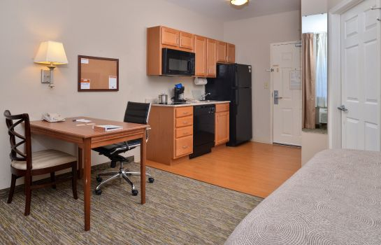 Zimmer Candlewood Suites CHARLESTON-ASHLEY PHOSPHATE