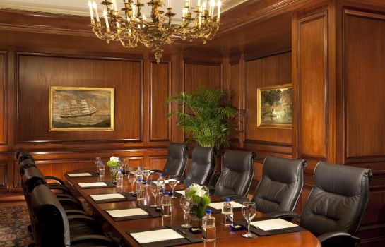 Conference room Taj Boston