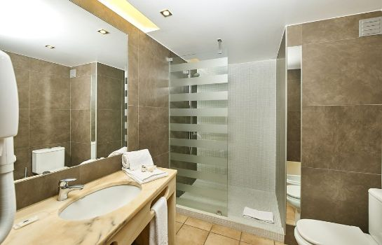 Bathroom Oceanus Aparthotel