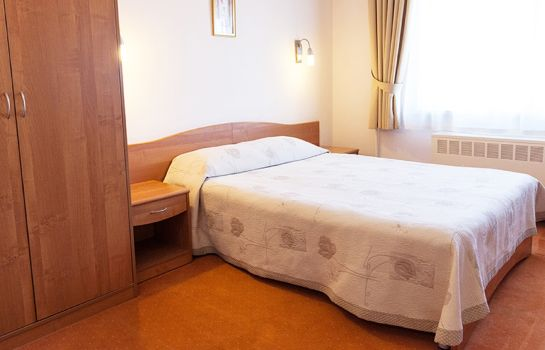 Single room (superior) Maxima Slavia