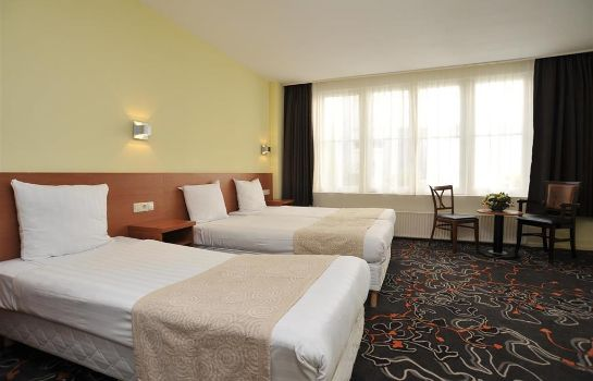 Chambre triple XO HOTELS CITY CENTRE