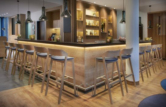Bar del hotel Holiday Inn Express BADEN - BADEN