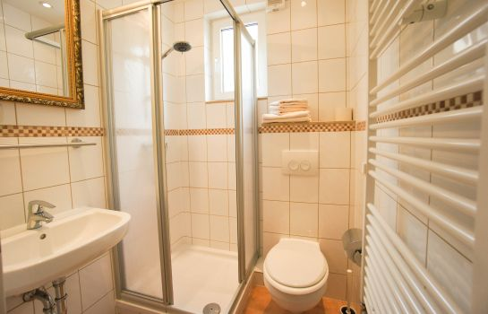 Badezimmer Winkel Pension
