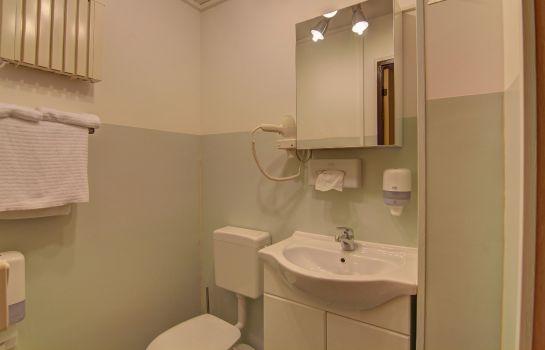 Schwedenhaus badezimmer  Hotel Schwedenhaus - Wismar günstig bei HOTEL DE