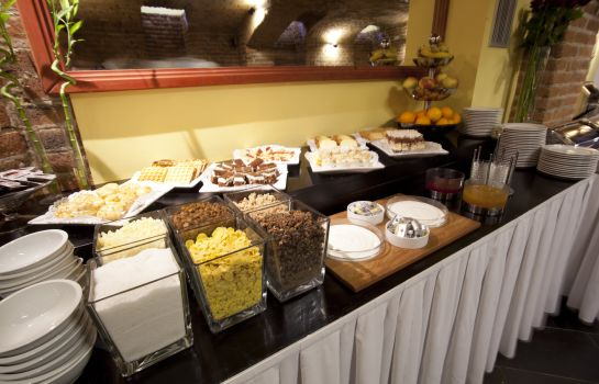 Breakfast buffet Assenzio
