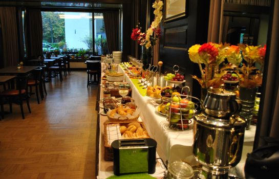 Breakfast buffet Landmark Eco Hotel