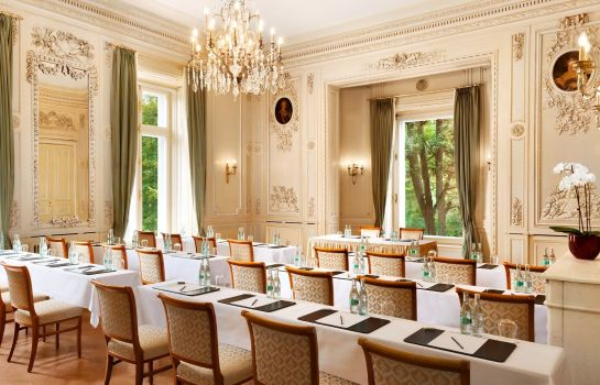 Conference room Villa Rothschild Kempinski