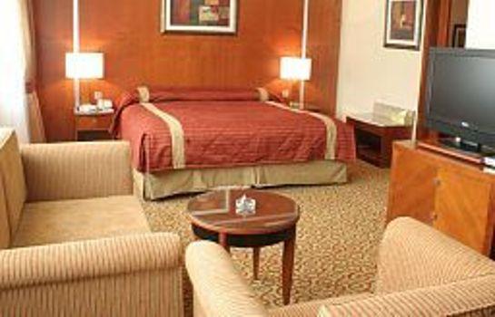 Suite Ramee Royal