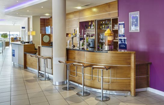 Hotelbar Holiday Inn Express LONDON - NEWBURY PARK
