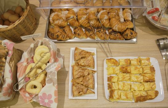 Breakfast buffet Porta Nuova