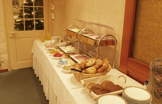 Breakfast buffet Hotel Haffmans