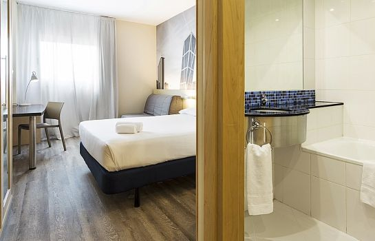 Room B&B Madrid Airport T1 T2 T3
