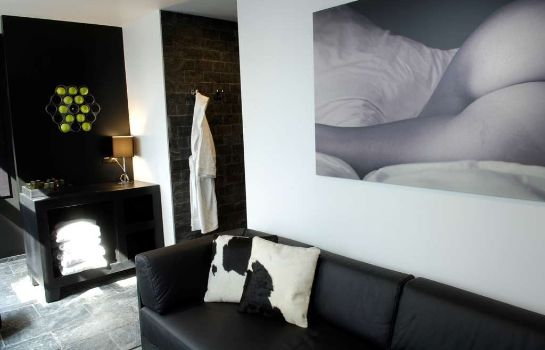 Kamers Be Manos BW Premier Collection