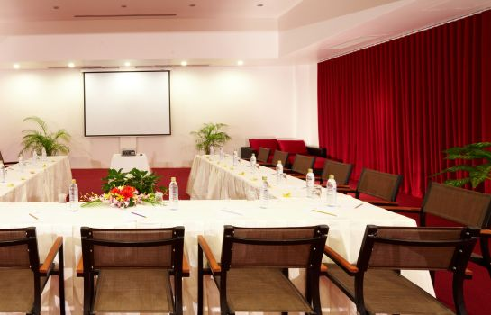 Meeting room Nai Yang Beach Resort & Spa