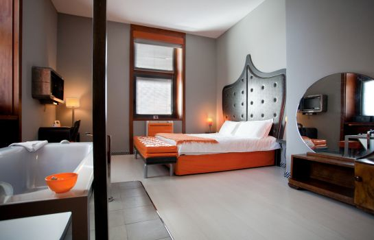 Junior Suite Orange