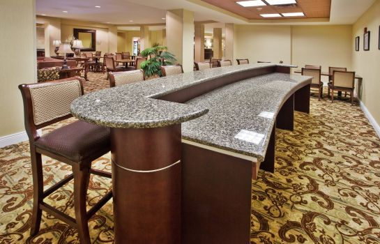 Restaurant Holiday Inn Express SAVANNAH AIRPORT