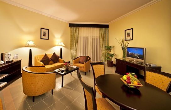 Suite Golden Tulip Resort Dibba