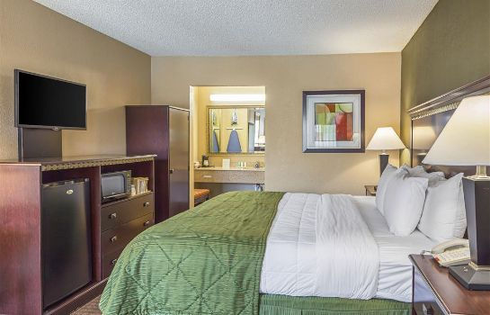 Zimmer Quality Inn and Suites Greenville - Hayw