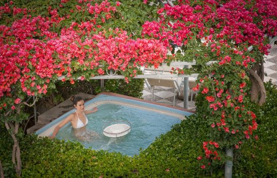 Jaccuzi Romantica Resort & SPA