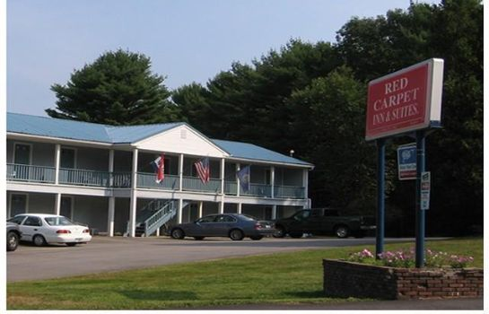 Zimmer Red Carpet Inn and Suites Plymouth
