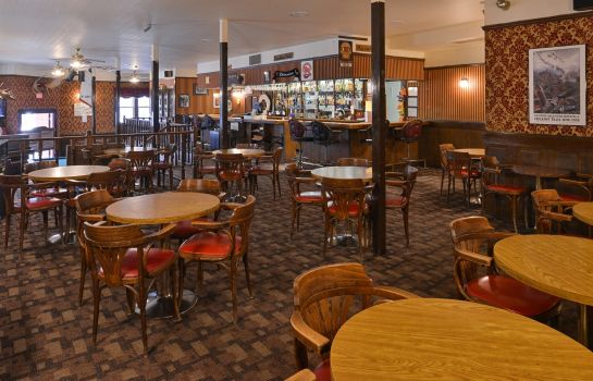 Bar hotelowy Canadas Best Value Inn Downtown Hotel Dawson City