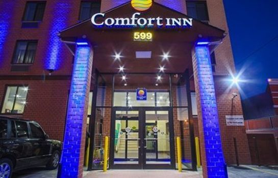 Außenansicht Comfort Inn Brooklyn City Center