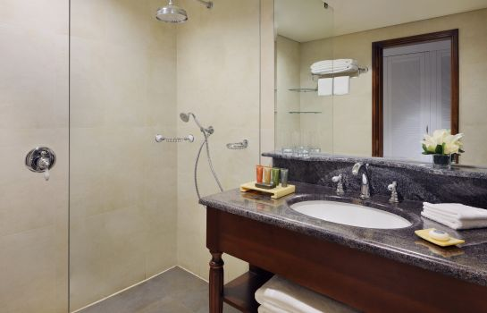 Bathroom MOVENPICK KUWAIT AL BIDAA