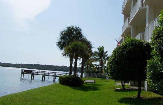 Surroundings Boca Ciega Resort
