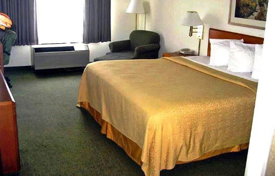 Zimmer Econo Lodge Inn & Suites Johnson City