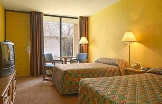 Camera Ramada-Morristown TN