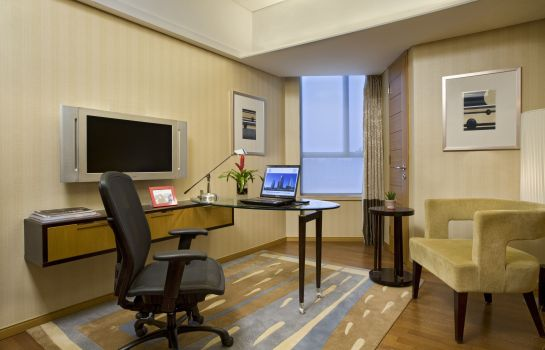Zimmer Sheraton Grand Shanghai Pudong Hotel & Residences
