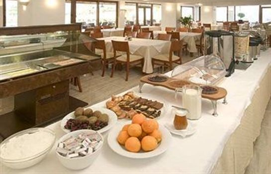 Breakfast room Yiannaki Hotel